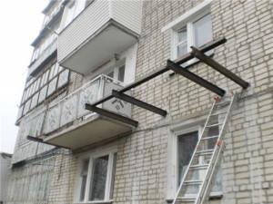 Самовольное возведение балкона