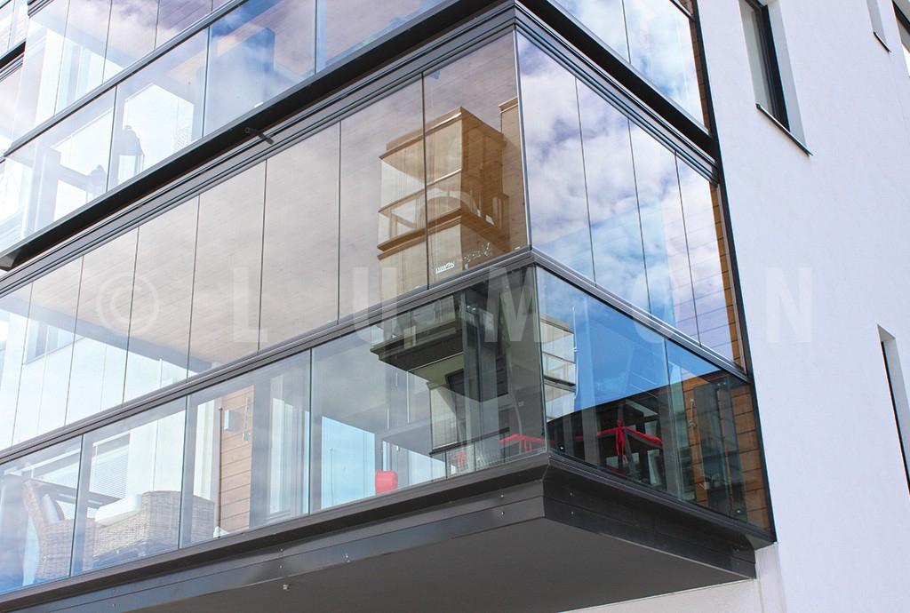Безрамное остекление балконов : финское остекление плюсы и м.