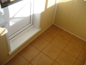 Керамическая плитка или керамогранит