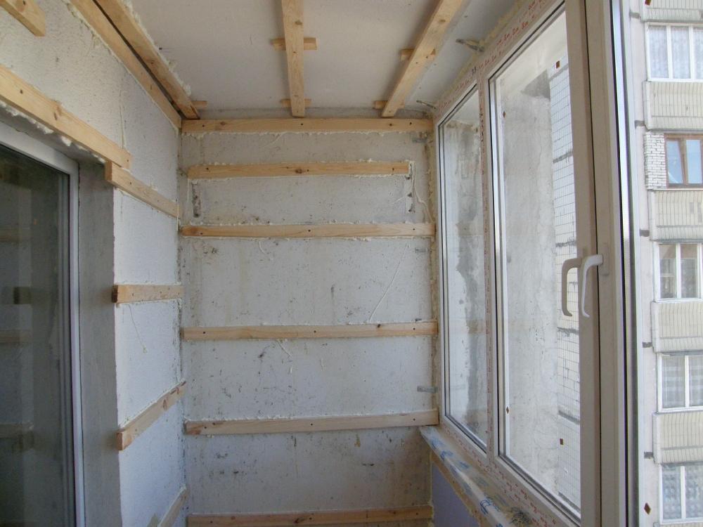 Установка панелей на балконе своими руками