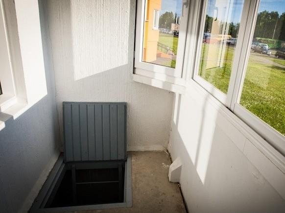 Как сделать погреб на балконе в многоквартирном доме