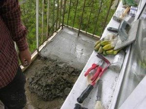Стяжка-на-балконе[1]