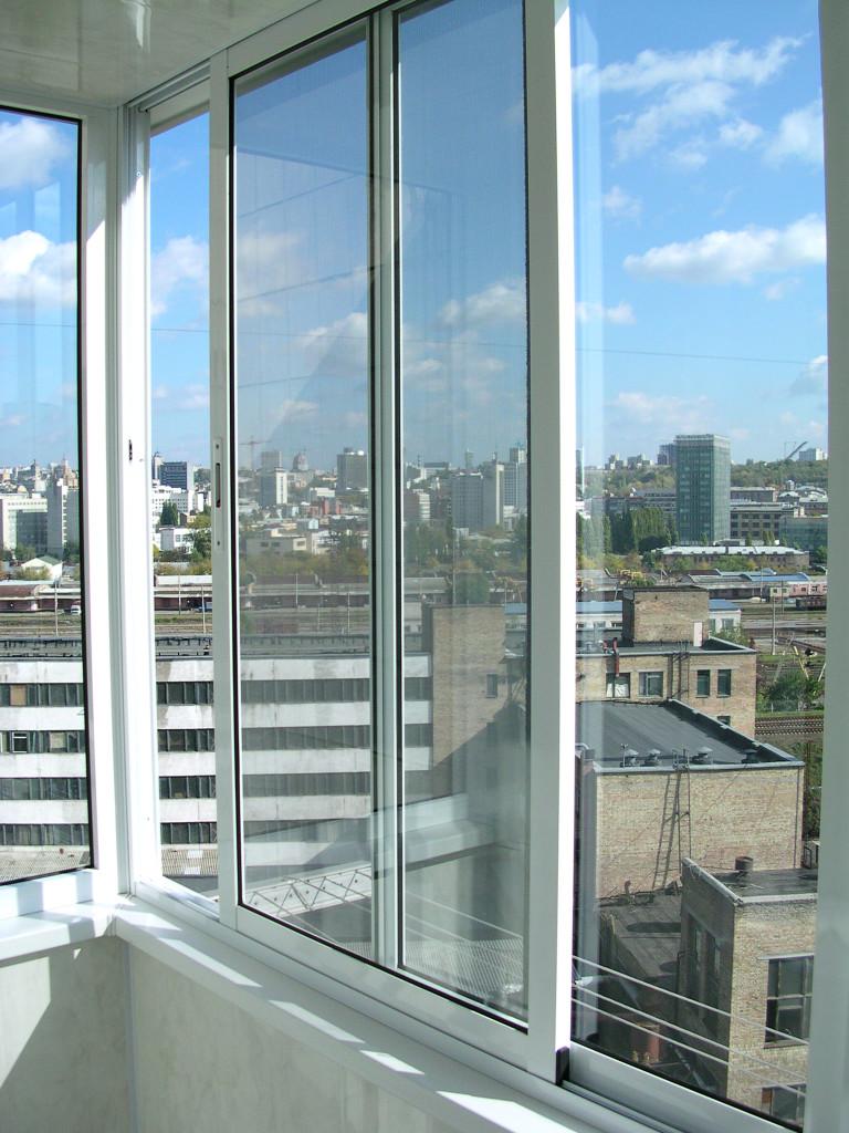 Краснодар: остекление балконов и лоджий раздвижными окнами ц.